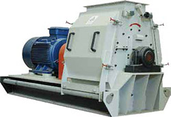 a picture of large hammer mill