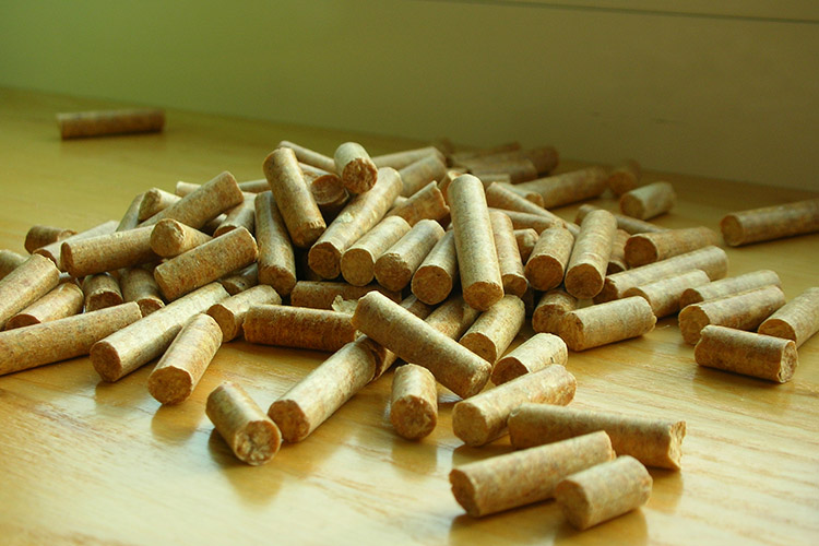 a picture of high quality wood pellet